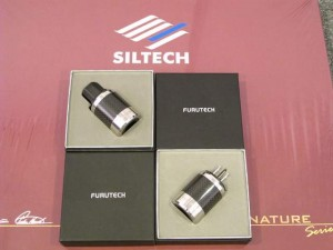 FI-50碳纖維插頭~